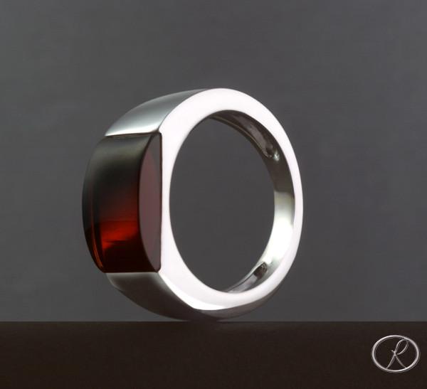 restrepo-jewels_Orblanc_grenat